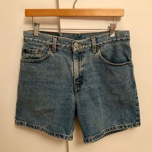 Levi's 555 Guy's Fit Shorts Regular 8 Like New